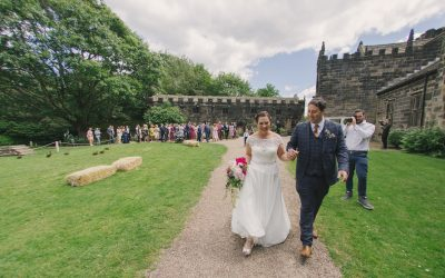 Wedding Photos at East Riddlesden Hall: Donna & Lee